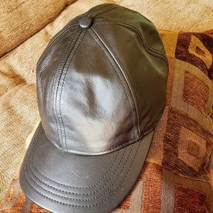 Baseball leather cap Roots brand